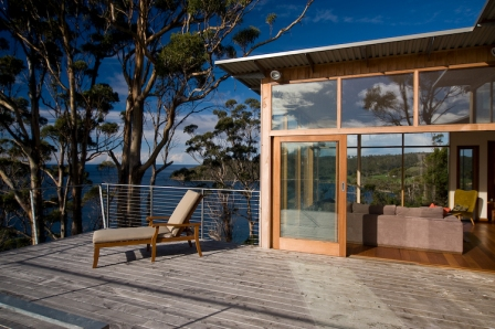 Bruny shore coastal house north bruny island tasmania for Beach house designs tasmania